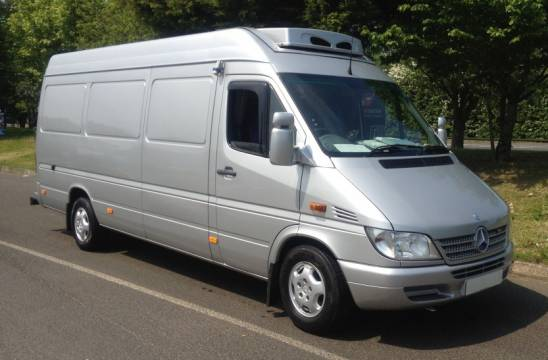 hutos-auto-berles-mercedes-sprinter